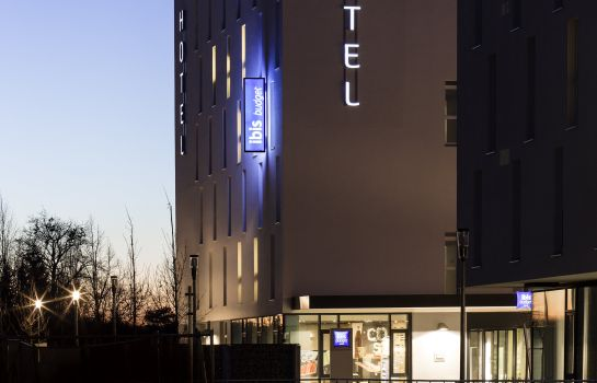 Exterior view ibis budget Muenchen City Olympiapark