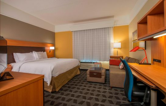 Suite TownePlace Suites Newnan