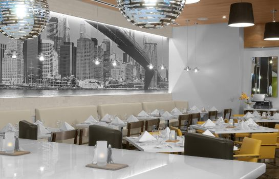 Restaurant Hilton Garden Inn New York-Times Square Central