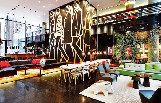 Vestíbulo del hotel citizenM Times Square New York