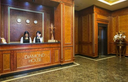 Hall Diamond House Hotel