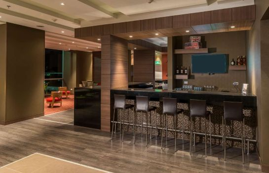 Bar del hotel Hampton by Hilton Cali Colombia