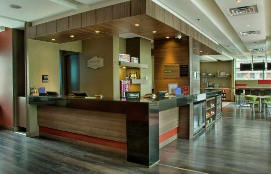 Lobby Hampton by Hilton Cali Colombia