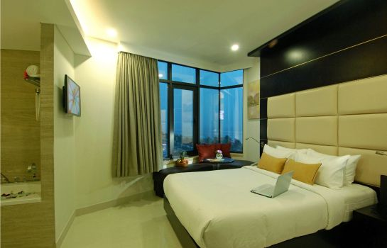 Zimmer Holiday Beach Danang Hotel & Spa