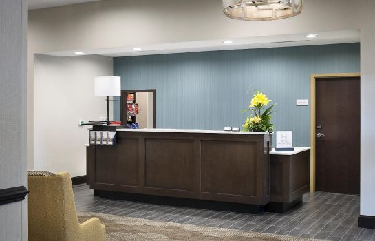 Vestíbulo del hotel Hampton Inn - Suites Fort Mill SC