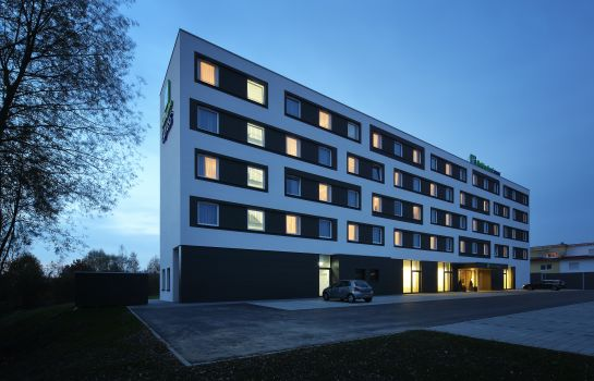 Exterior view Holiday Inn Express FRIEDRICHSHAFEN