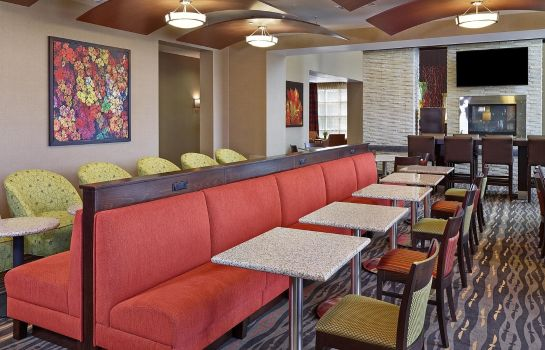 Restaurante Homewood Suites by Hilton Calgary-Airport