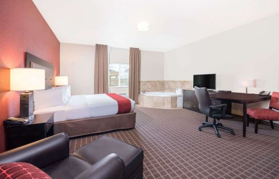 Room Hawthorn Suites by Wyndham Dickinson