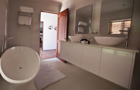 Badezimmer Sugarbird Manor at Protea Heights Farm