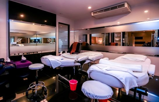 Massage room Deevana Plaza Phuket Patong