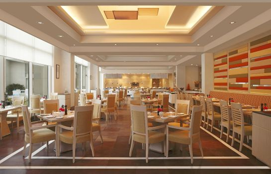 Restaurant DoubleTree by Hilton Hotel Agra