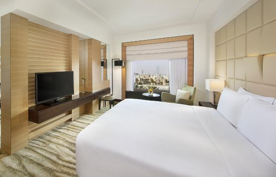 Suite DoubleTree by Hilton Hotel Riyadh - Al Muroj Business Gate