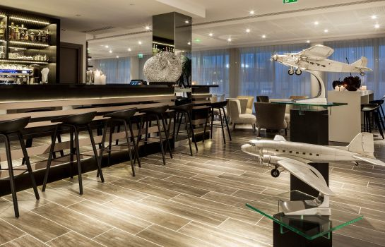 Hotel bar AC Hotel Paris Le Bourget Airport
