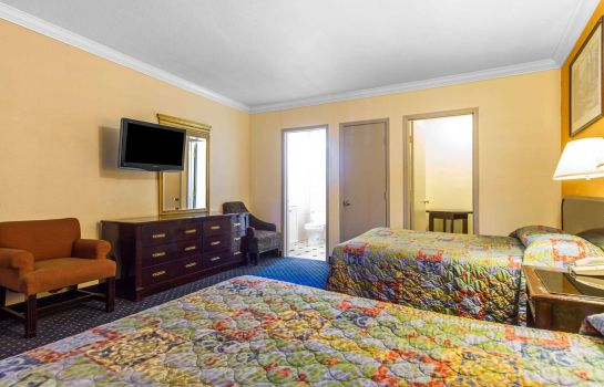 Doppelzimmer Komfort Econo Lodge Fairfield