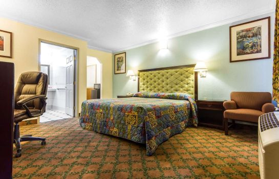 Zimmer Econo Lodge Fairfield