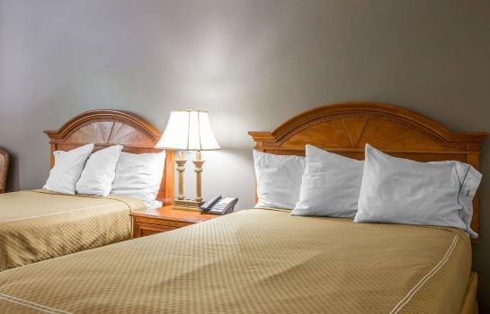 Double room (superior) Rodeway Inn Anderson