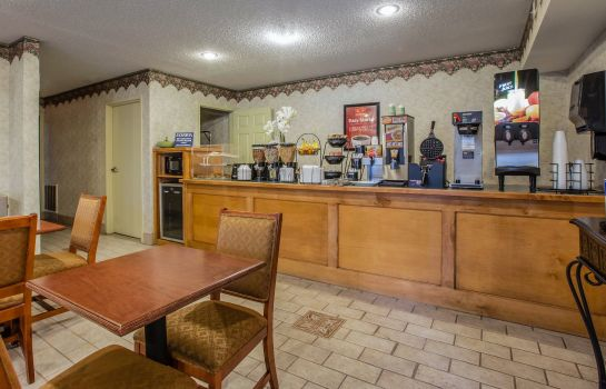 Restaurant Econo Lodge Villa Rica