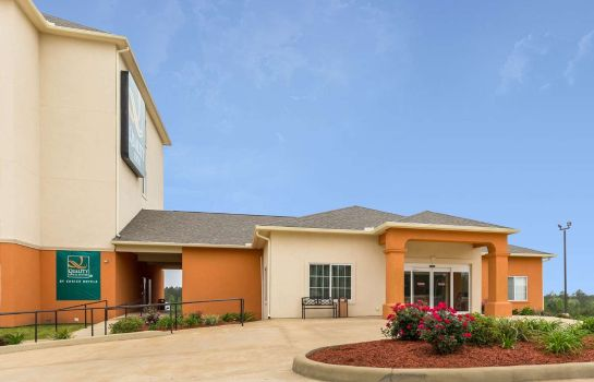 Exterior view Quality Inn Leesville