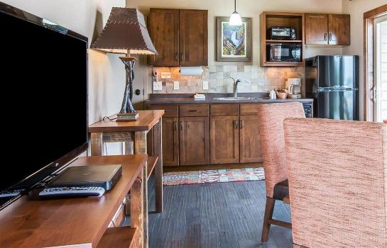 Suite Yellowstone Valley Lodge Ascend Hotel Co