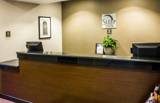Vestíbulo del hotel Sleep Inn JFK Airport