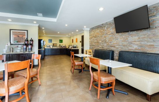 Restaurant Comfort Suites near Westchase on Beltway 8