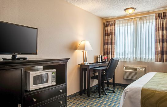 Suite Quality Inn and Suites Pacific - Auburn
