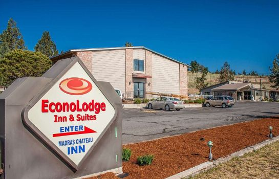 Exterior view Econo Lodge Inn & Suites Madras Chateau Inn