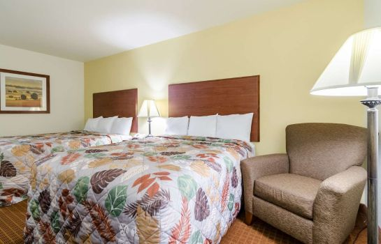 Camera Rodeway Inn & Suites Hoisington