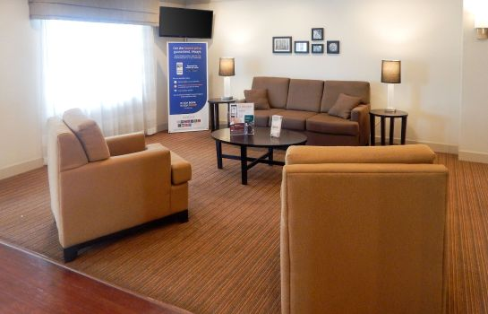 Lobby Sleep Inn & Suites Evergreen