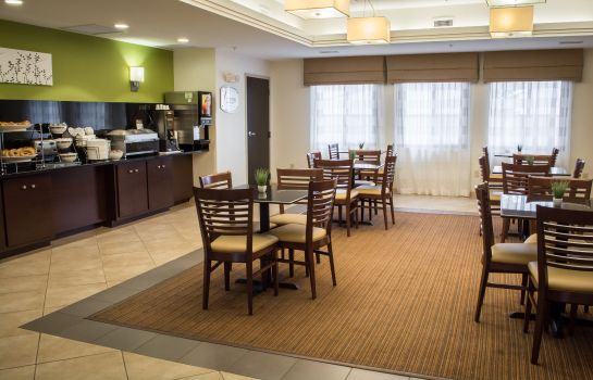 Restaurante Sleep Inn & Suites Harbour Pointe