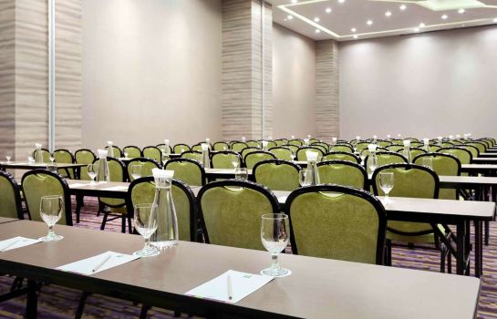 Conference room ibis Styles Jakarta Mangga Dua Square