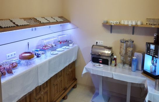 Breakfast buffet Apado Garni