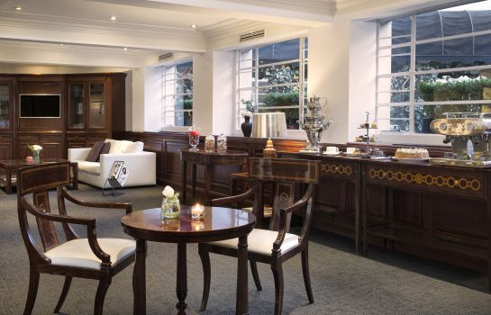 Vista all'interno The Level at Melia White House