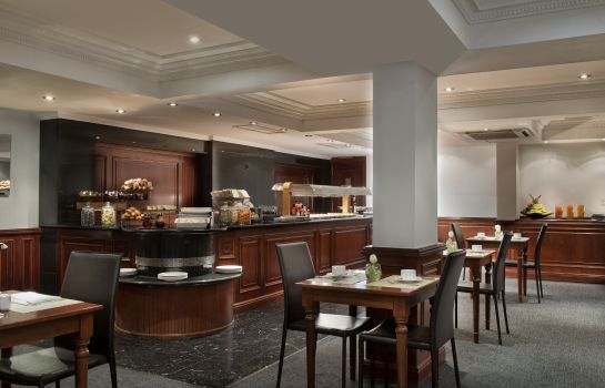 Buffet prima colazione The Level at Melia White House