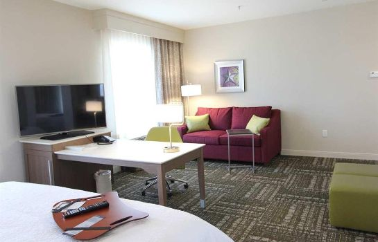 Hotelhalle Hampton Inn - Suites Dallas Market Center
