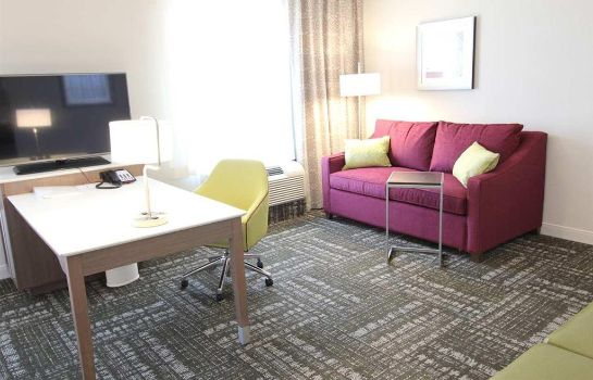 Suite Hampton Inn - Suites Dallas Market Center