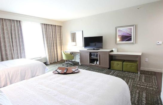 Zimmer Hampton Inn - Suites Dallas Market Center