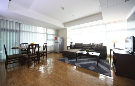 Pokój typu junior suite Infinity Tower Suites Makati
