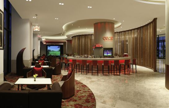 Bar hotelowy Novotel New Delhi Aerocity