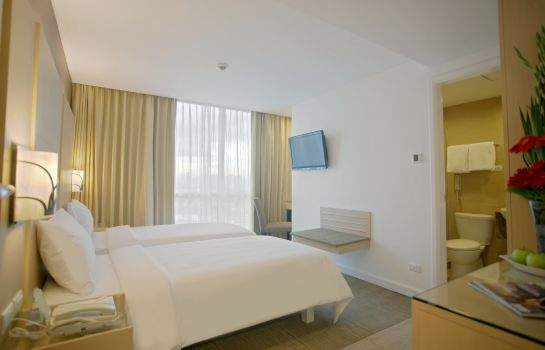 Doppelzimmer Standard St Giles Makati - A St Giles Hotel