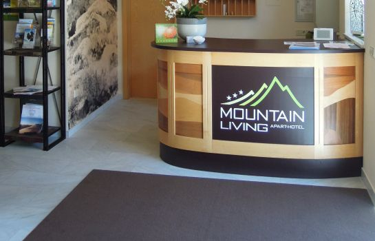 Empfang Mountain Living Aparthotel