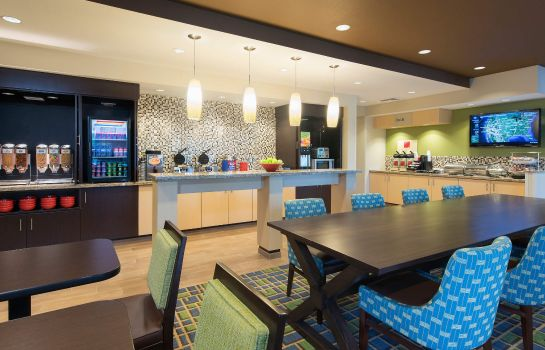 Hotel bar TownePlace Suites Lexington South/Hamburg Place