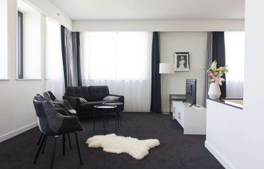 Suite Wings Hotel Rotterdam The Hague Airport
