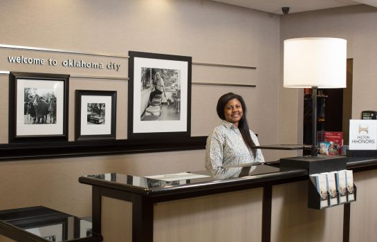 Hol hotelowy Hampton Inn & SuitesOklahoma City Airport OK