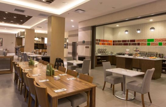 Restaurant Hampton Inn by Hilton Hermosillo Mexico