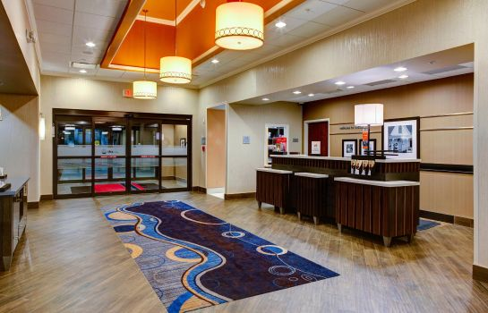 Außenansicht Hampton Inn and Suites Columbus MS