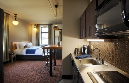 Suite The Brewhouse Inn and Suites