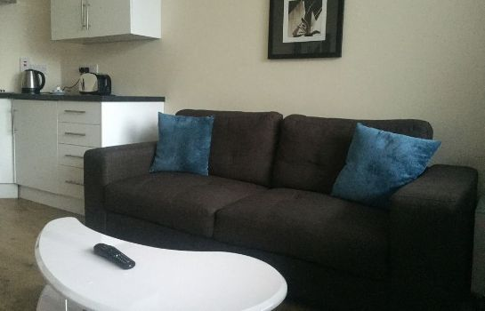 Info Parallel House Serviced Apartments Slough Windsor