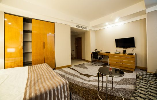 Suite Absolute Hotel