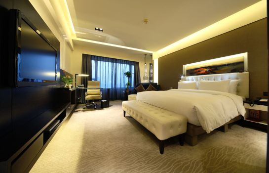 Single room (standard) Furama Hotel West Wing